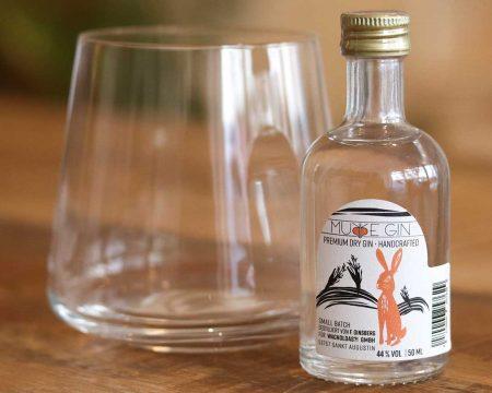 Wacholdas Premium Dry Gin im Angebot von House & Living Loft